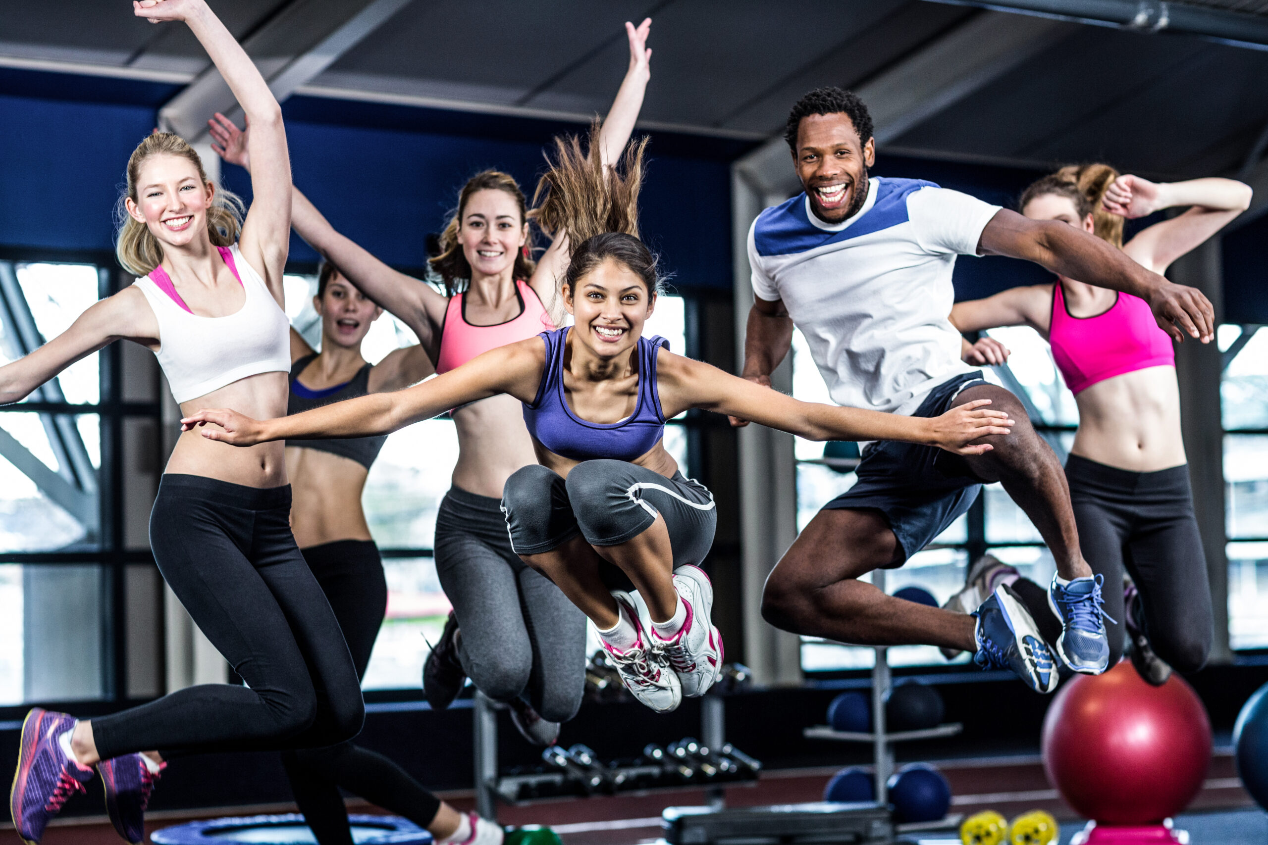 Fitnessstudios sind nur für rund 1 Prozent aller Coronainfektionen verantwortlich!